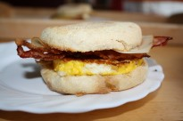 Egg sandwich with crispy bacon